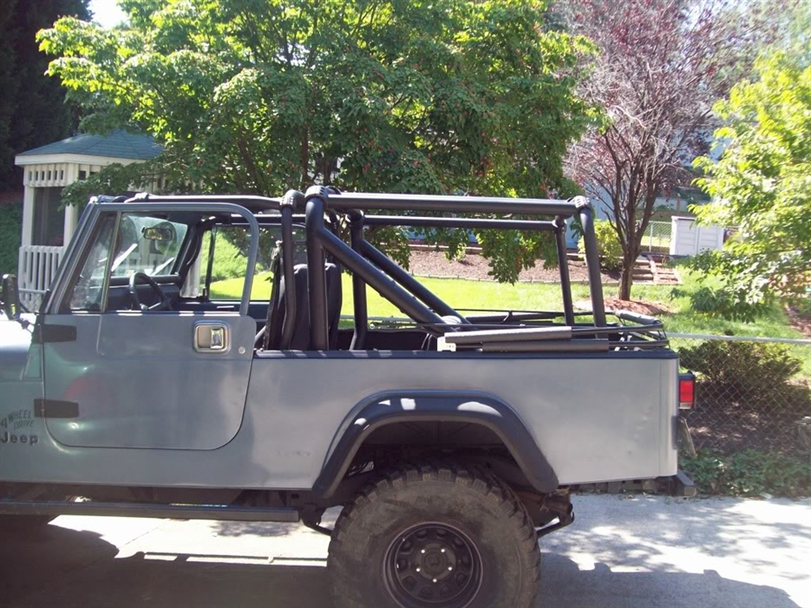 rock hard  bolt  rear sport cage  jeep cj scrambler   rh