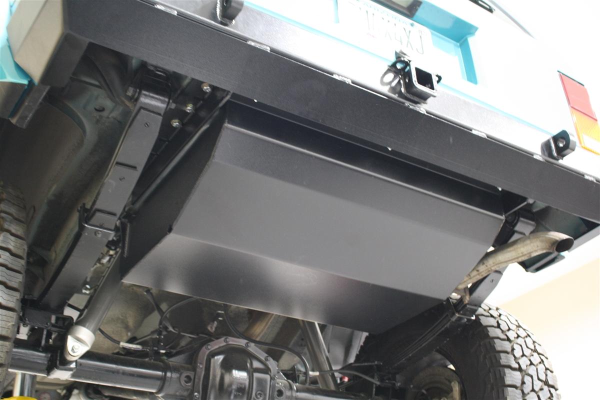 Rock Hard 4x48482 GasFuel Tank Skid Plate for Jeep Cherokee XJ