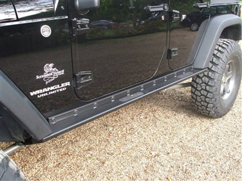 "Rock Hard 4x4™ Patriot Series ""Boat Side"" Rock Sliders w/ Smooth Plate for Jeep Wrangler JK 4DR 2007 - 2018 [RH-6006-S]"